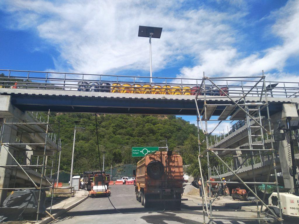 prueba de carga puente peatonal
